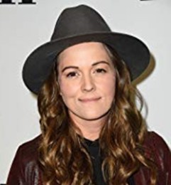 Brandi Carlile Height Weight Bra Size Age Body Measurements Stat Facts