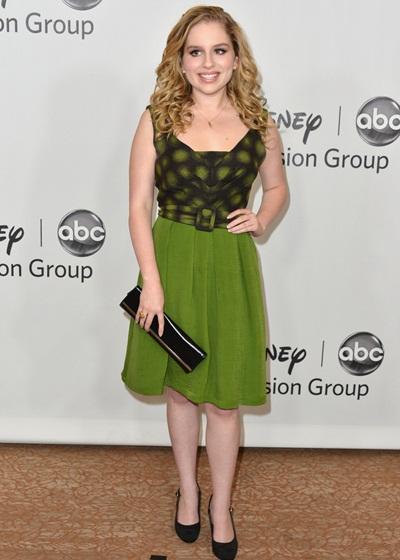 Allie Grant Height Weight Bra Size