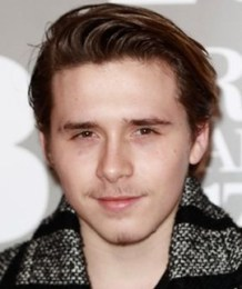 Brooklyn Beckham Height Weight Body Measurements Age Facts Family