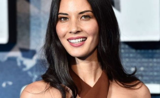 Olivia Munn Drags These Bloggers For Criticizing Women S