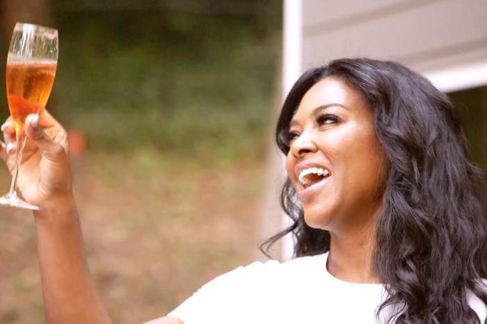 Kenya Moore Says She 'Stands Alone' Following Her Marc Daly Divorce