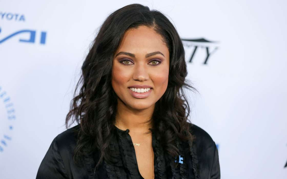 stephen curry and ayesha curry instagram news trending today