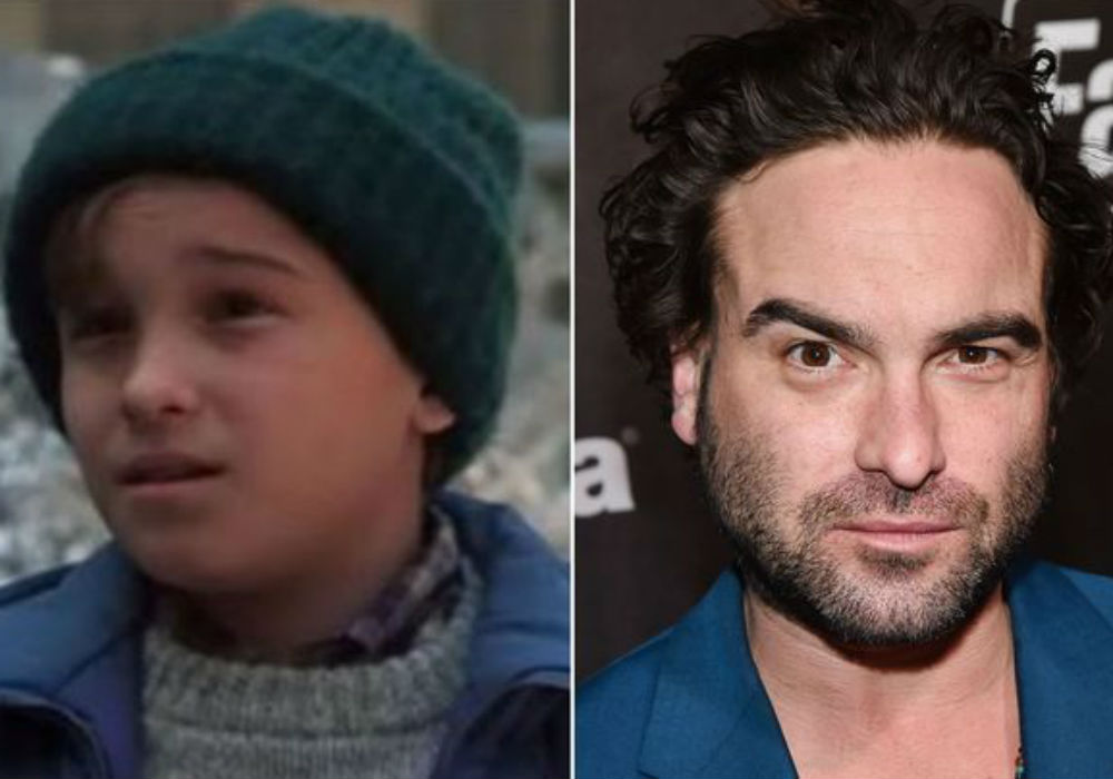 Johnny Galecki Reunites With Christmas Vacation Cast For Special Screening Amid News He S Producing A Spin Off Celebrity Insider