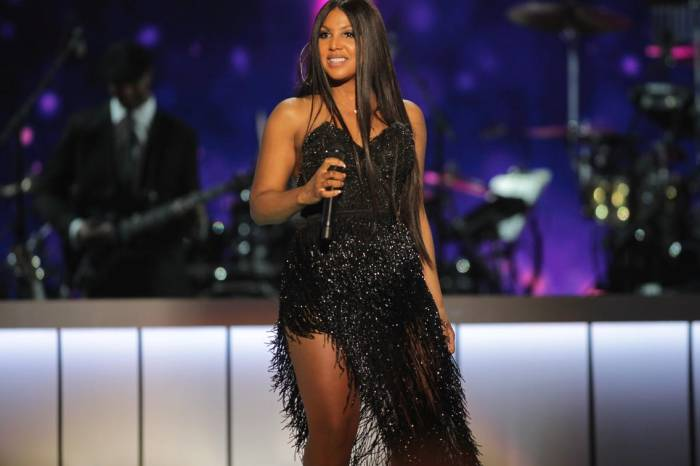 Toni Braxton Is Honored To Receive A Prestigious Award
