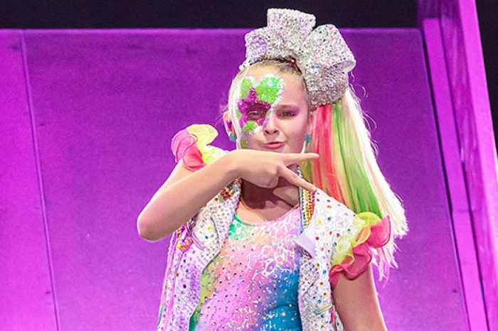 JoJo Siwa And Elliott Brown Spark Dating Rumors And Fans Think They're The Cutest Together!