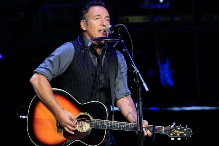 Bruce Springsteen Says He's Gotten Very Good At Doing Therapy