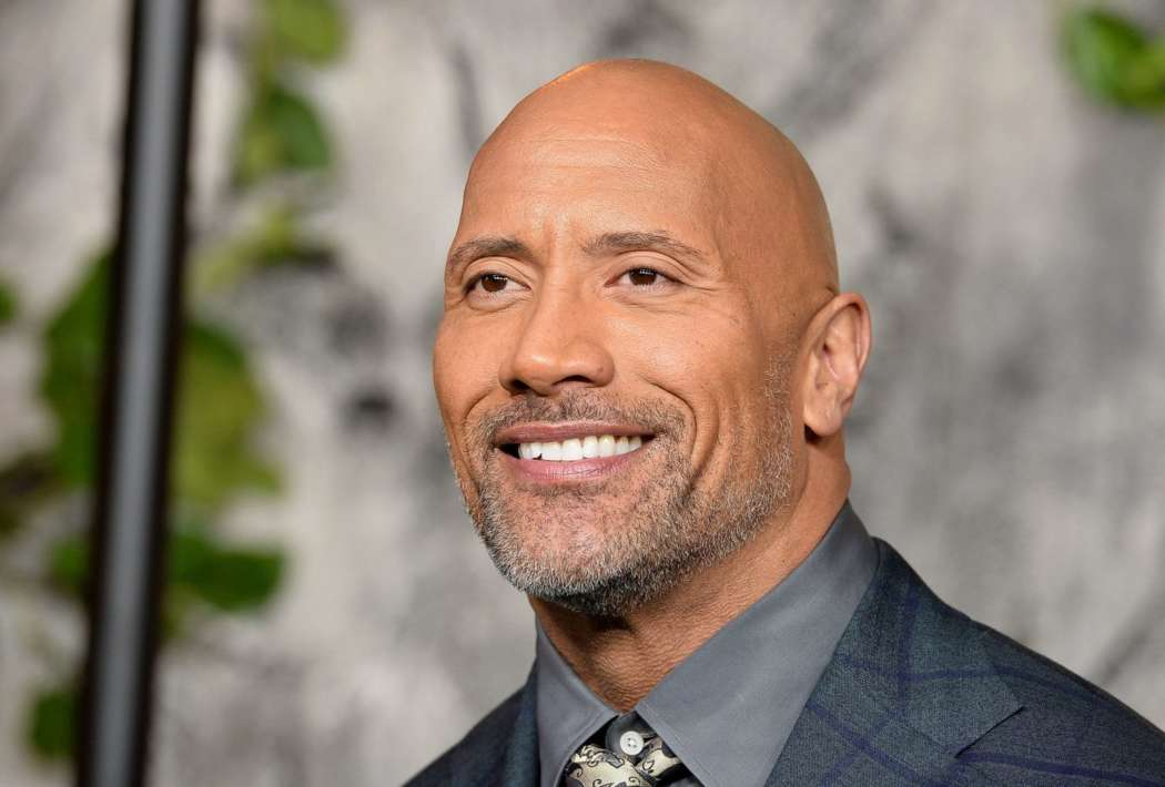 """""""dwayne-johnson-proves-he-can-be-injured-he-hurt-himself-in-the-gym"""""""