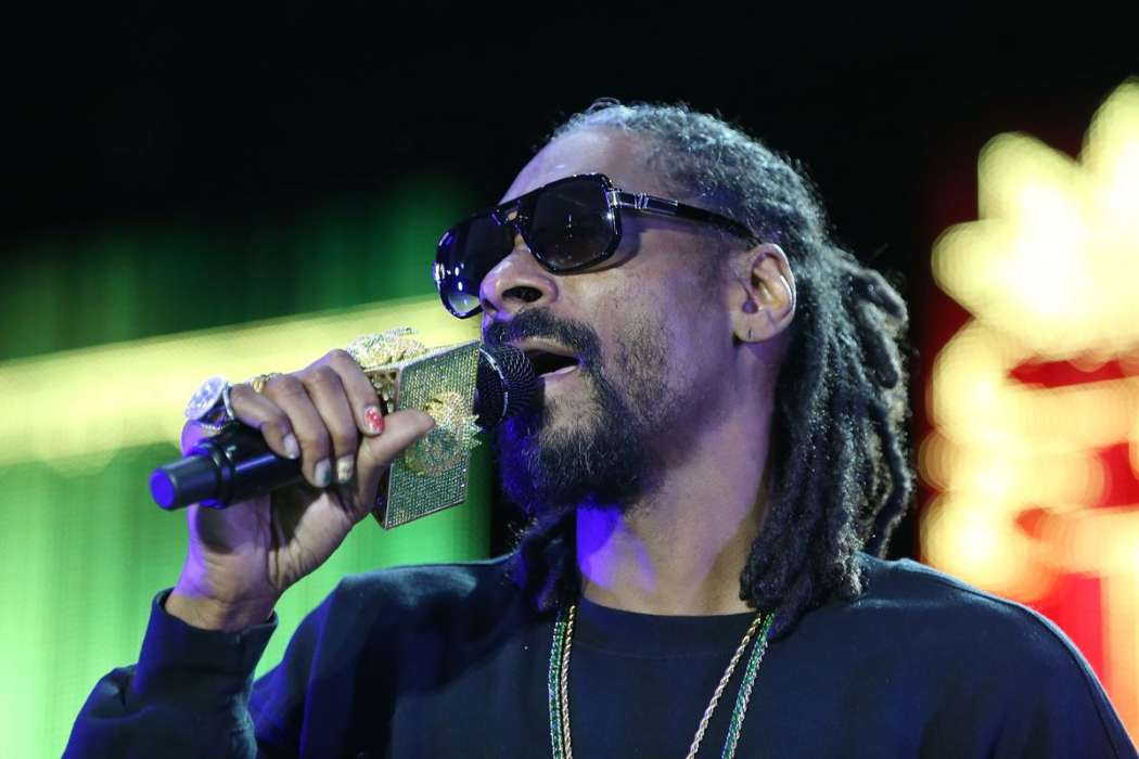 """snoop-dogg-has-49th-birthday-other-rappers-wish-him-happy-birthday"""