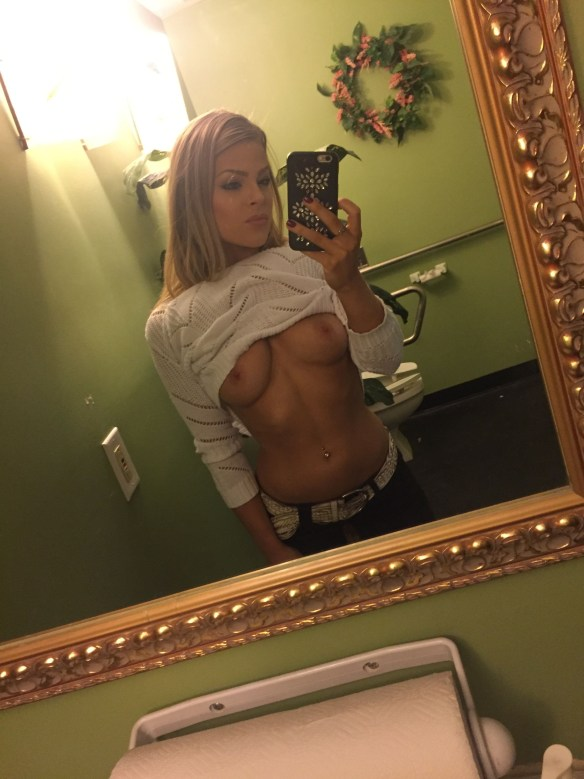 Valerie-Pac-Leaked-Fappening-29-thefappening.us