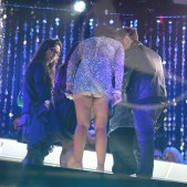 jenni_jwoww_farley_upskirt_at_new_years_eve_party_in_times_squares_01