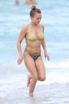 hayden_panettiere_bikini_candids_in_miami_beach_19