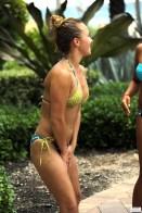 hayden_panettiere_bikini_candids_in_miami_beach_52