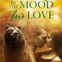 In the Mood Fur Love (Fur #2) by Eve Langlais, Milly Taiden and Kate Baxter