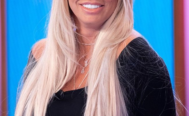 Katie Price Delights Fans With Totally Natural Look After