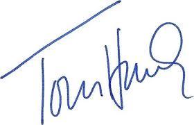 Tom Hanks Signetgure image.