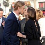 Elizabeth Olsen and Boyd Holbrook kissing