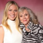 Gwyneth paltrow with her mother Blythe Danner