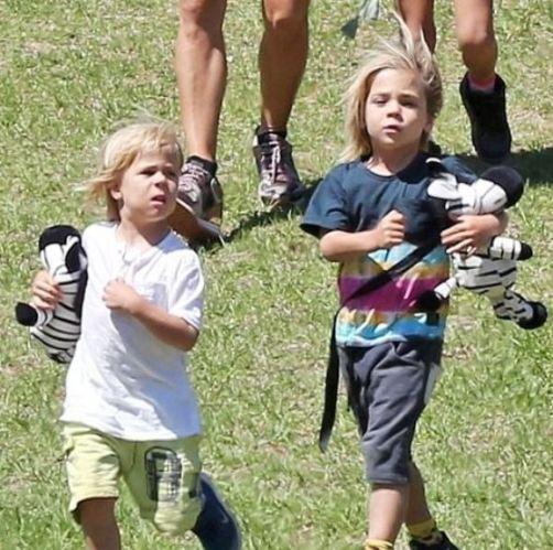 Elsa Pataky twin sons Tristan Hemsworth and Sasha Hemsworth | Celebrities  InfoSeeMedia