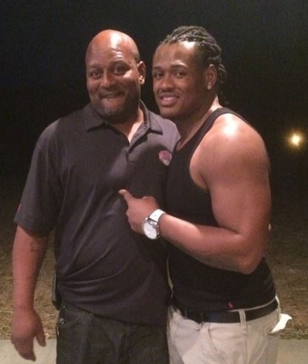 Dont'a Hightower with his father image | Celebrities ...
