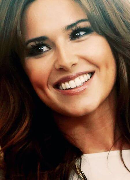 Cheryl Cole shows off her perfect teeth and precious smile