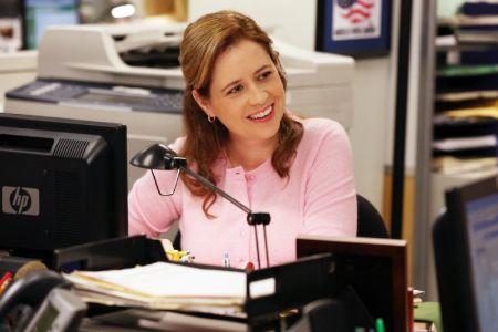 Jenna Fischer in 'The Office' (1)
