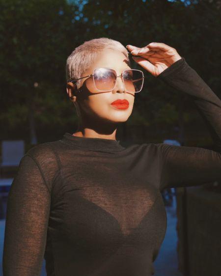 'Un-Break My Heart' singer, Toni Braxton looking stylish as ever