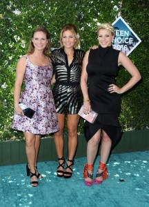 Andrea Barber, Candace Cameron-Bure, and Jodie Sweetin