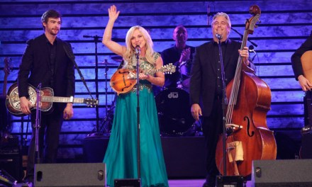 Rhonda Vincent Releases Special Edition DVD of Live Show