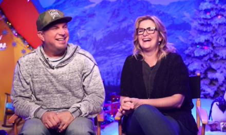 Garth Brooks & Trisha Yearwood Announce #UglyXmasSweater Campaign via Facebook Live