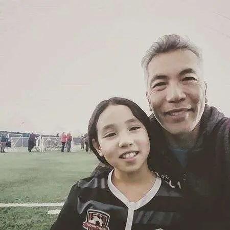 Hiro Kanagawa with his daughter Maia Kanagawa.