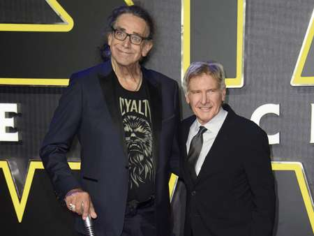 Peter Mayhew and Harrison Ford at the Force Awakens premiere.