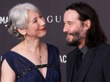 Alexandra Grant and Keanu Reeves were spotted together in the summer.