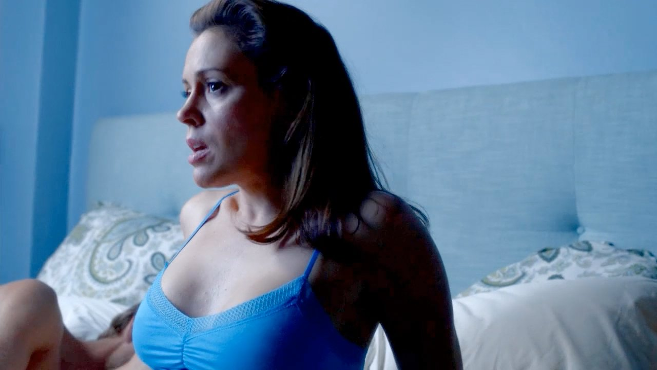 Alyssa milano hugo pool - 3 part 9