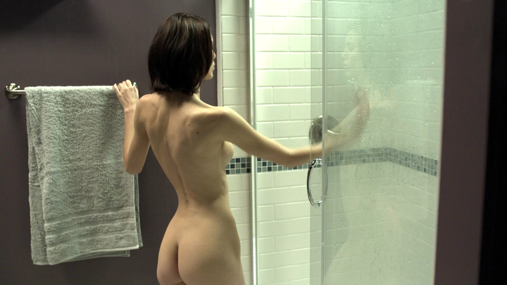Jena romano shower scene - 2 2