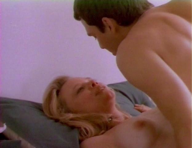 Elizabeth Baldwin  nackt