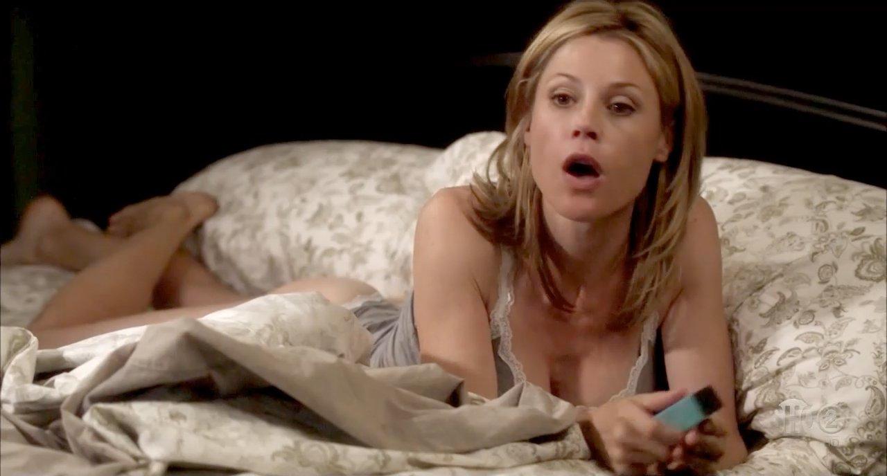 Julie Bowen - Nude Celebrities-7453