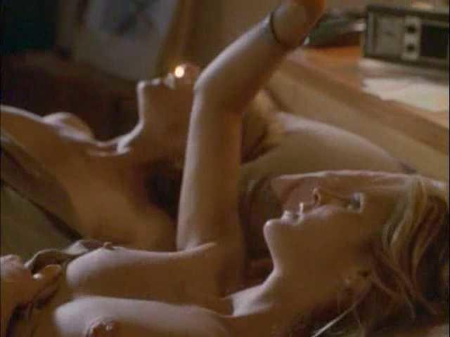 Kate Capshaw  nackt