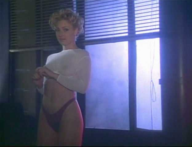 Kim Yates Nude Pictures 68