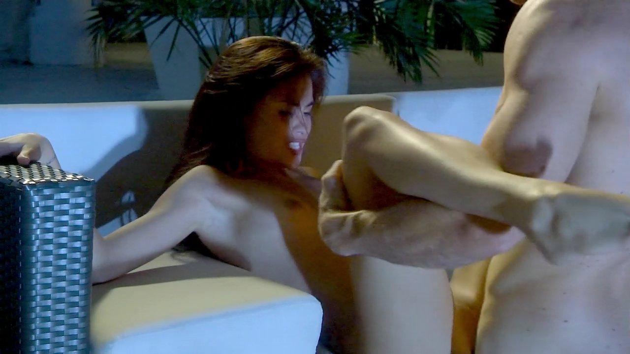 Free busty nude women websites