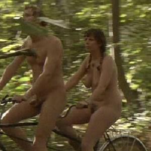 olivia colman nude