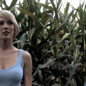 Sarah nackt Wald Yahoo ist
