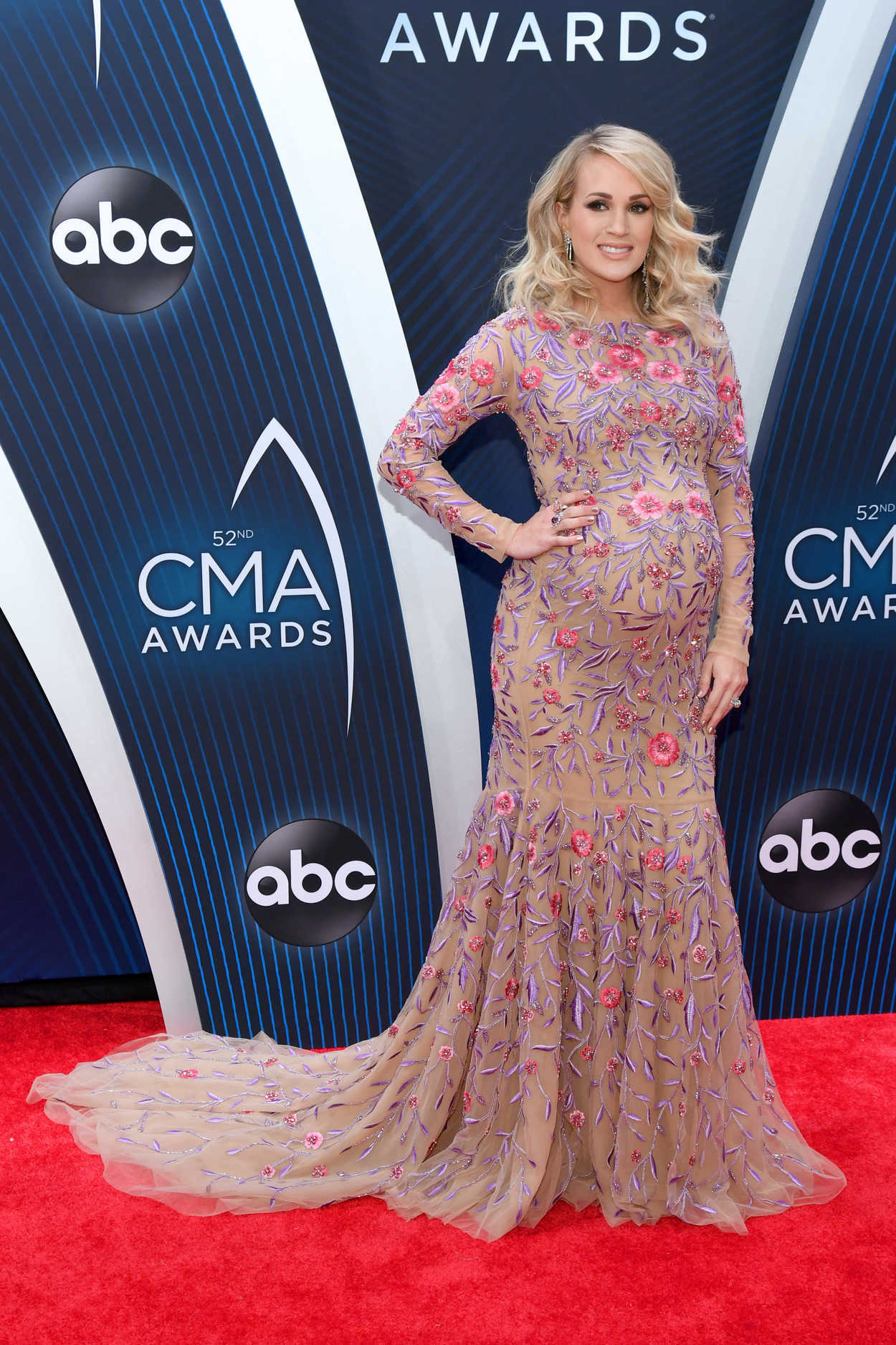 Carrie Underwood Attends the 52nd Annual CMA Awards at the Bridgestone Arena in Nashvill 1114