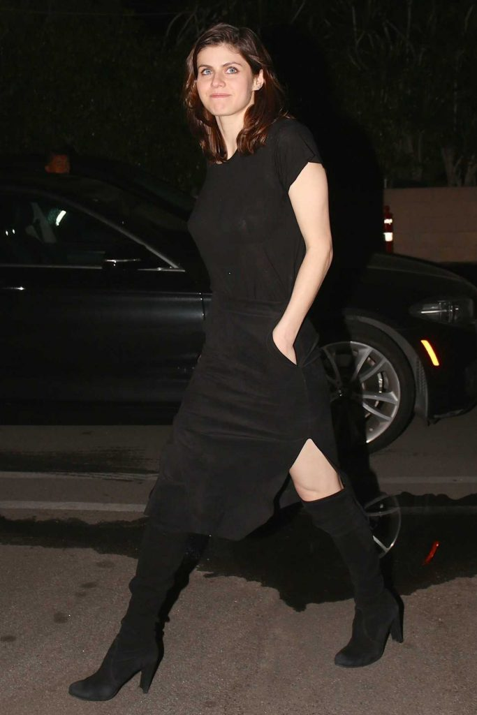 Alexandra Daddario In A Black Dress Arrives At Matsuhisa