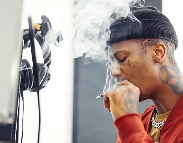 Controversial rapper Emtee goes MIA moments before SAFTAs performance, leaves Ami Faku stranded on stage