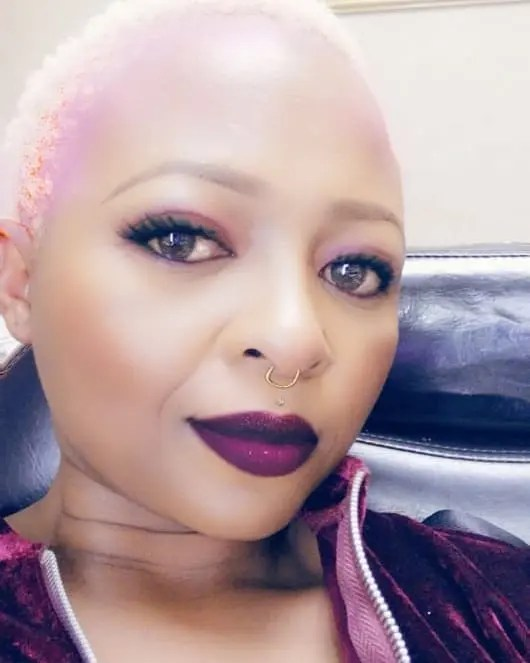 Actress Manaka Ranaka urges women to stop selling themselves for money