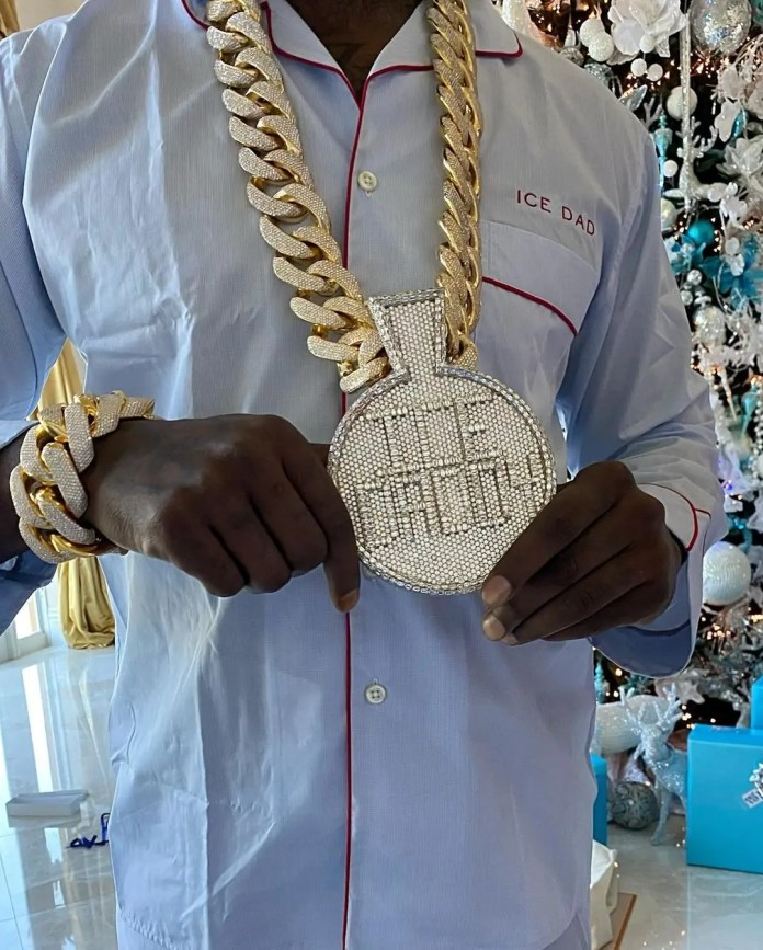 Gucci Mane's wife buys him a 540 carats diamond chain worth $2.5 million as a Christmas present