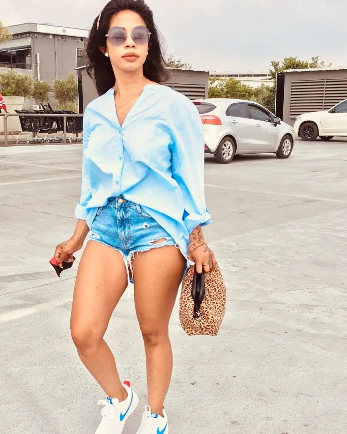 Kelly Khumalo shows off her flawless legs in super tiny shorts