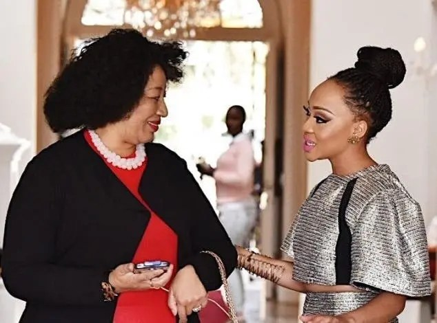 Thando Thabethe leaves her mom in tears – Video