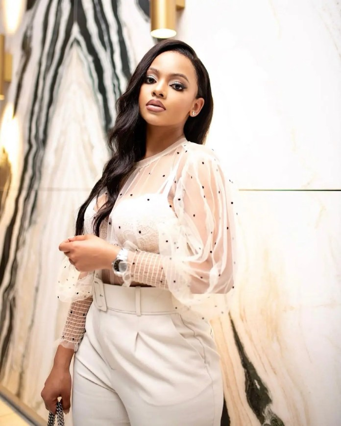 Mihlali Ndamase apologises for her tweet about looting
