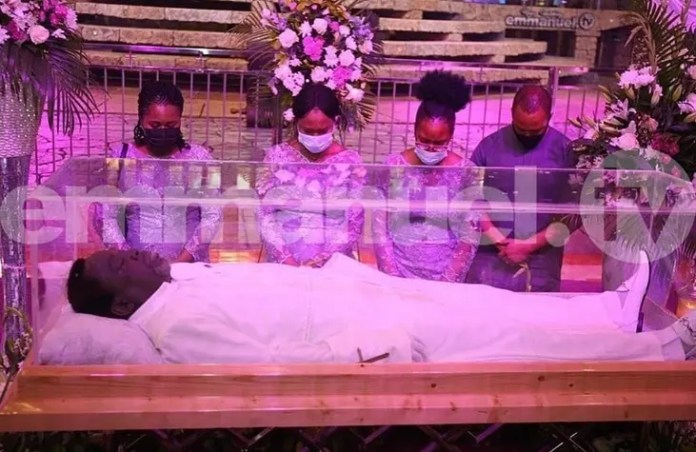 Prophet TB Joshua's corpse arrive at Synagogue Church of All Nations for burial
